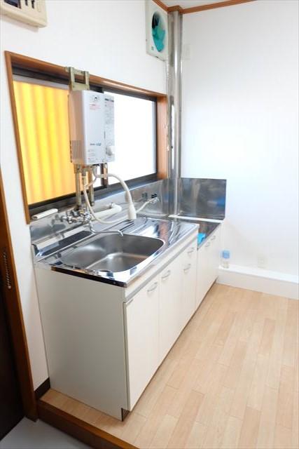 舘野コーポ 105号室のキッチン