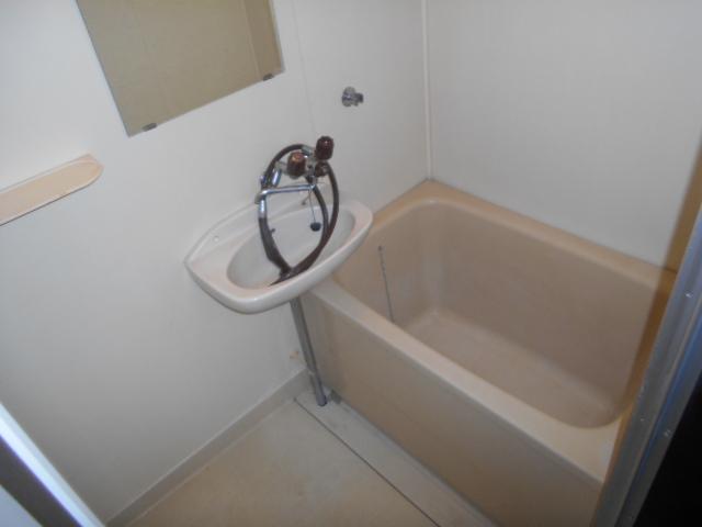 武美ハイツ 2B-2号室の風呂
