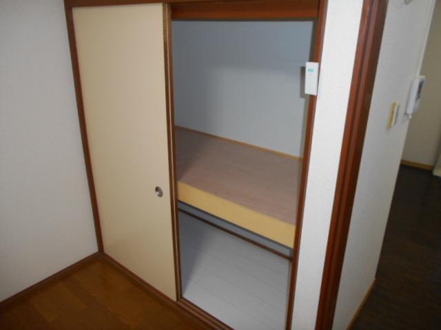 武美ハイツ 2B-2号室の収納