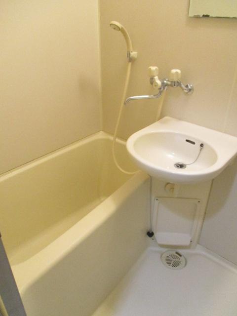 CREST VⅠ 103号室の風呂
