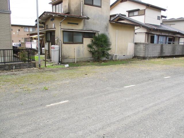 柿沼貸家の駐車場