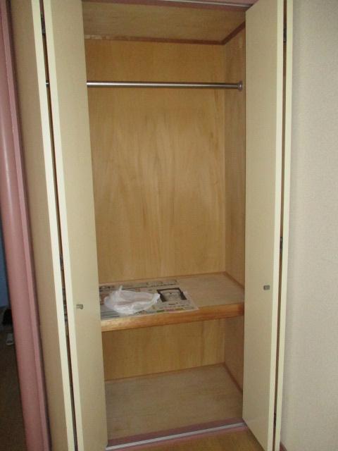 タカクコーポ 205号室の収納