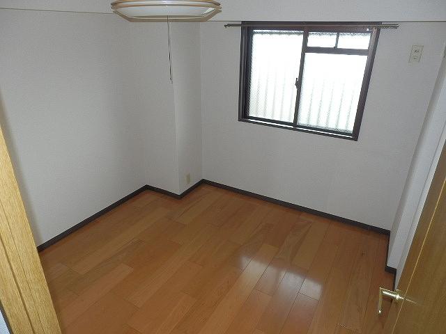 ネオシティ岡崎参番館 318号室のベッドルーム