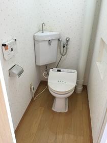 ファーストハイツ 502号室のトイレ