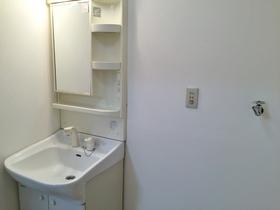 ファーストハイツ 502号室の洗面所