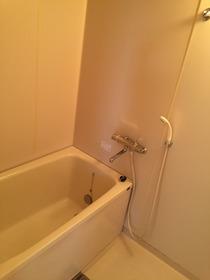 ファーストハイツ 502号室の風呂