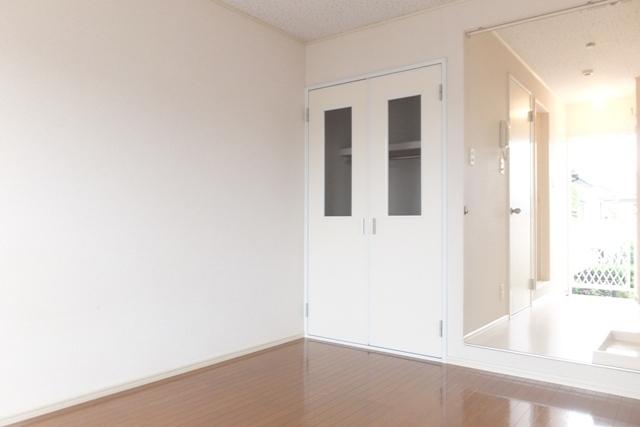 ベイハウスK 205号室のリビング