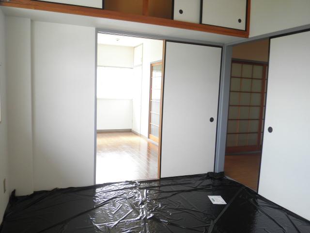 レインボウT・K 02040号室のリビング
