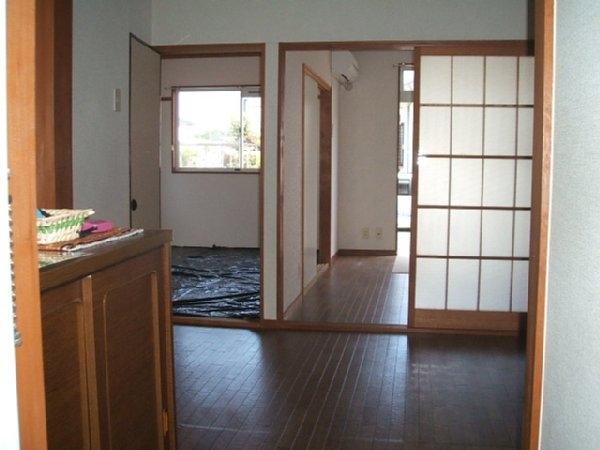 ニューシティー21 01050号室の玄関