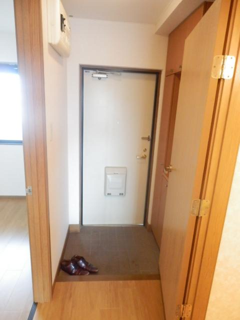 エスポワ-ルいずみ野 503号室の玄関