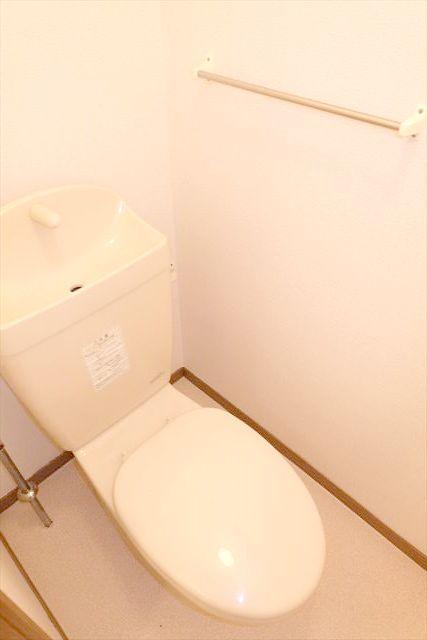 プレーリーメゾン 02010号室のトイレ