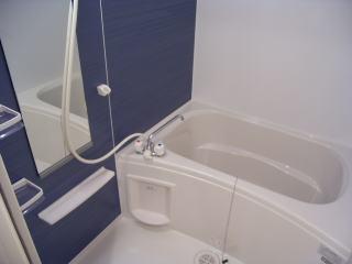 シャロル矢田 105号室の風呂