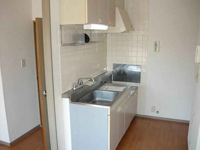 ヴィラ松前台A 01040号室のキッチン