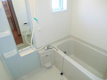 ベルメゾン壱番館 103号室の風呂