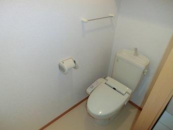 ベルメゾン壱番館 103号室のトイレ