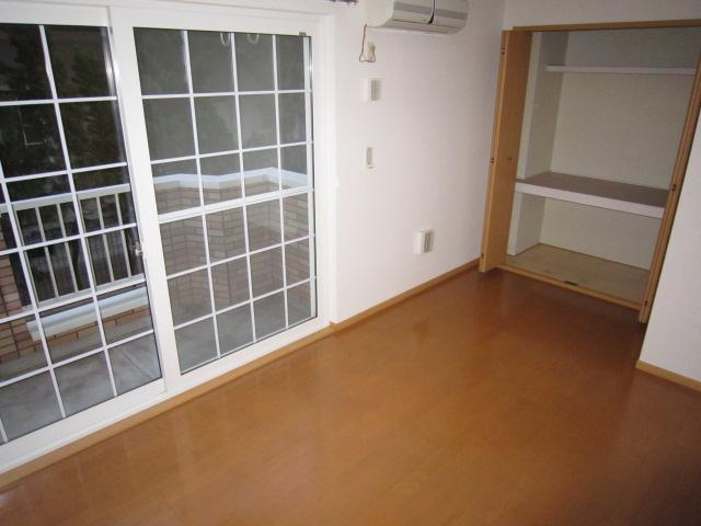 パルテールN 02030号室のベッドルーム