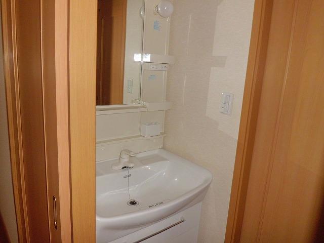 ファインA 101号室の洗面所