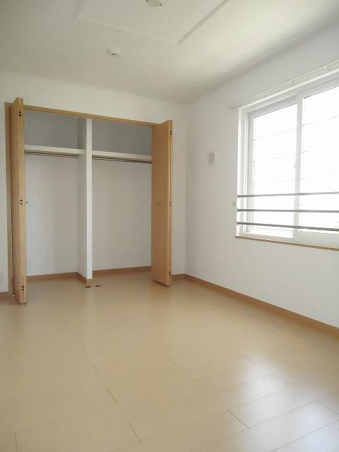 メゾン・アムール 201号室のベッドルーム