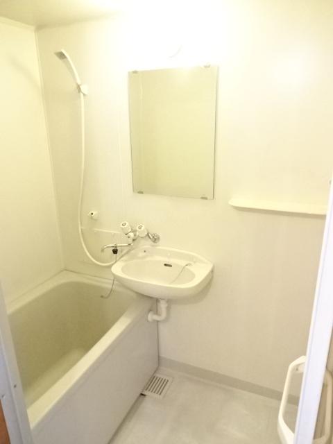 シティハイツ 201号室の風呂
