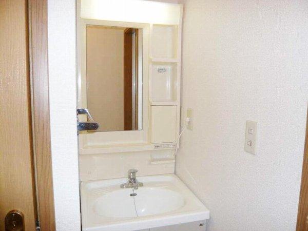レジデンス裕和 02030号室の洗面所