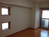 ノーブル・コーケ・横浜 701号室のリビング