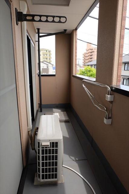 エレガンシア ルーナ 02010号室のバルコニー