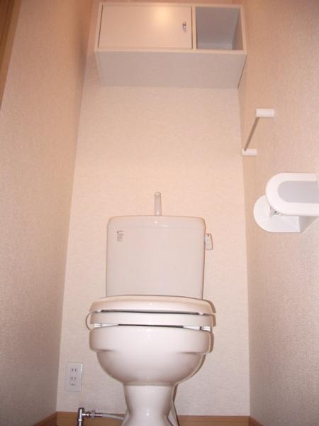 ハーモニーB 101号室のトイレ