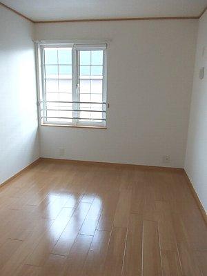 ソレアード 02010号室の居室