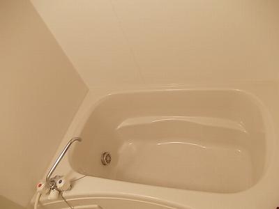 ソレアード 02010号室の風呂