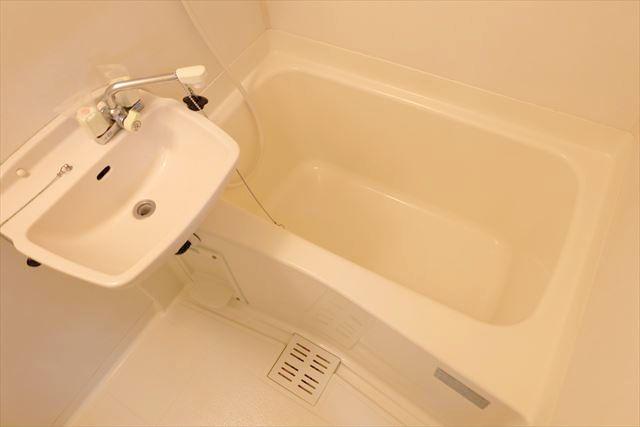 Kハイツ 102号室の風呂