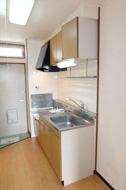 Kハイツ 102号室のキッチン