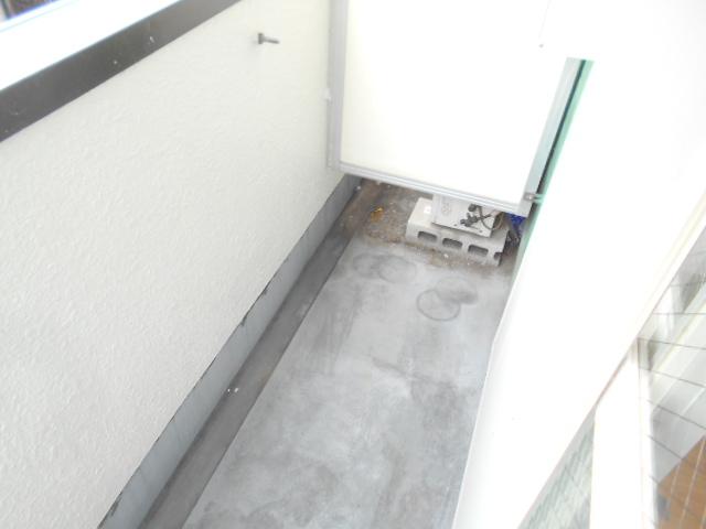 ドーミ-セイセキ 201号室のバルコニー