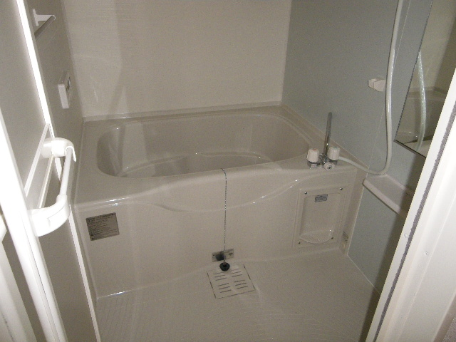 フェニックス 01010号室の風呂