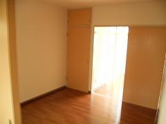 リンデンハウス 01020号室の居室