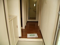 リンデンハウス 01020号室の玄関