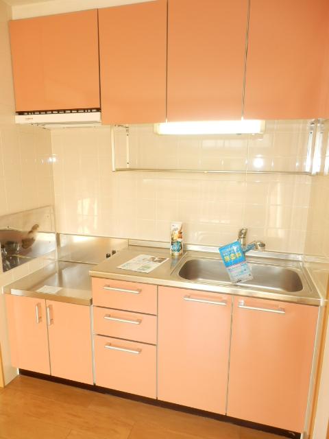 マ・シェリ・カトル 101号室のキッチン