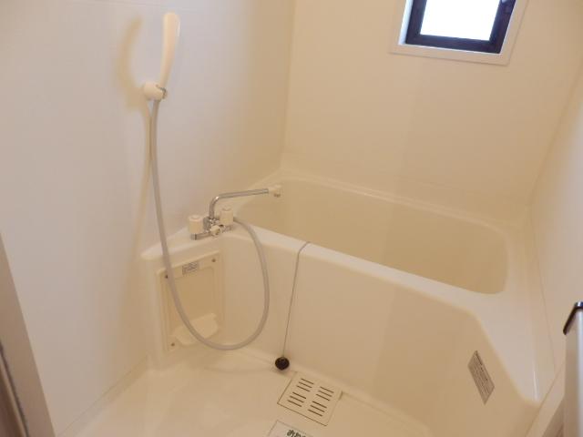 ニューエリールツムラⅠ 02020号室の風呂