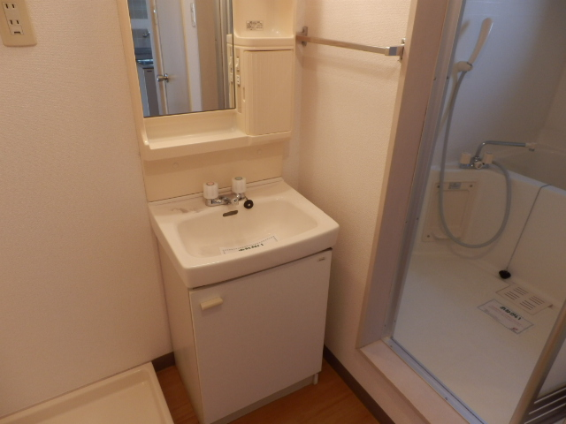 ニューエリールツムラⅠ 02020号室の洗面所