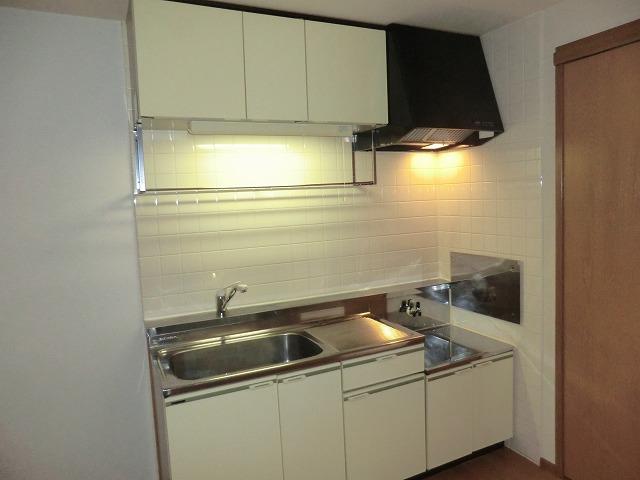クレストール宮前 201号室のキッチン