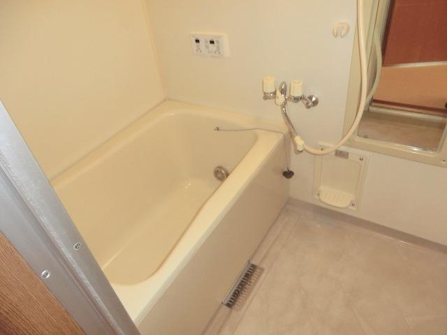 クレストール宮前 201号室の風呂