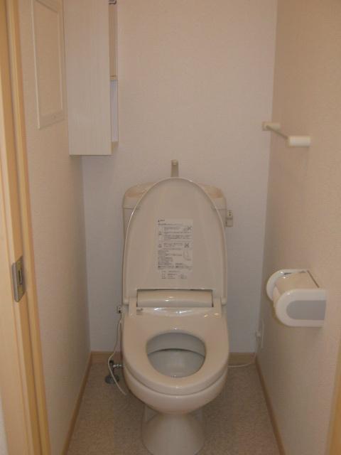 カーサクラシコ 201号室のトイレ