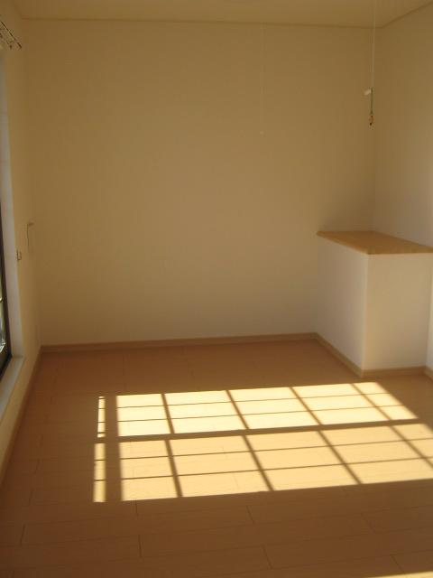 カーサクラシコ 201号室の居室