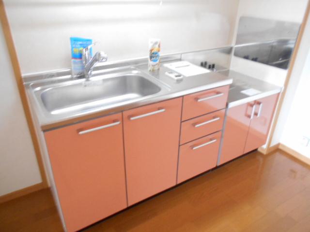 ソレイユ・ルヴァンC 103号室のキッチン