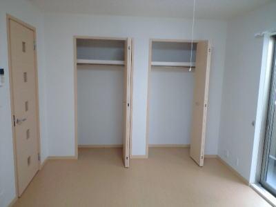 カレント・レジデンス 01040号室の居室