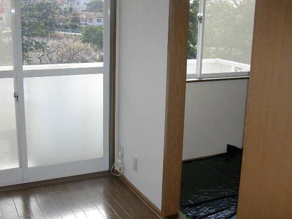 サンパティークおかもとC 01020号室の玄関