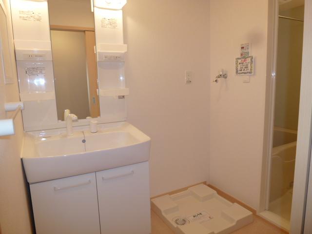 ソーレ セレーノ 201号室の洗面所
