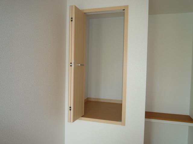 カーサヴィオラA 02010号室の収納