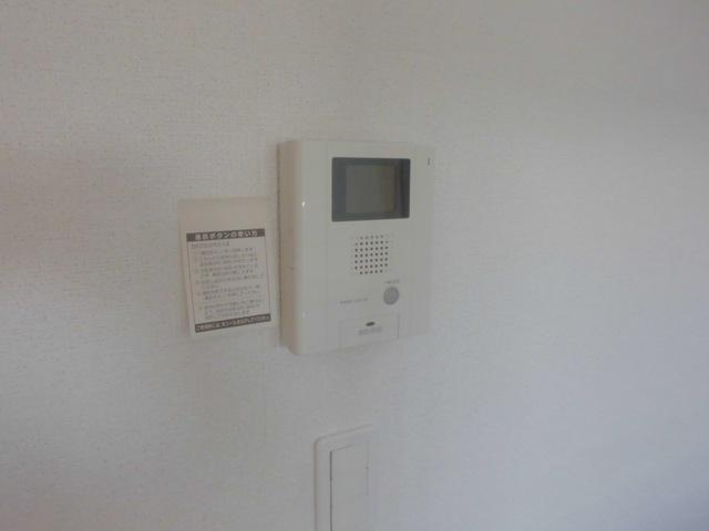 サンハイツ港 301号室のセキュリティ
