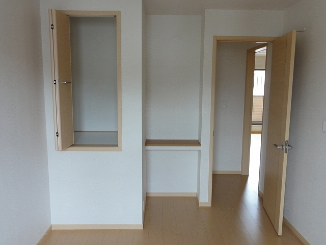 レジデンス井龍 201号室の収納