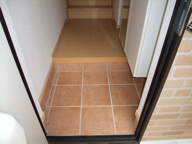 オスピターレ カーサⅠA 02020号室の玄関